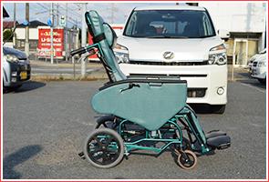 車椅子の貸出しいたします